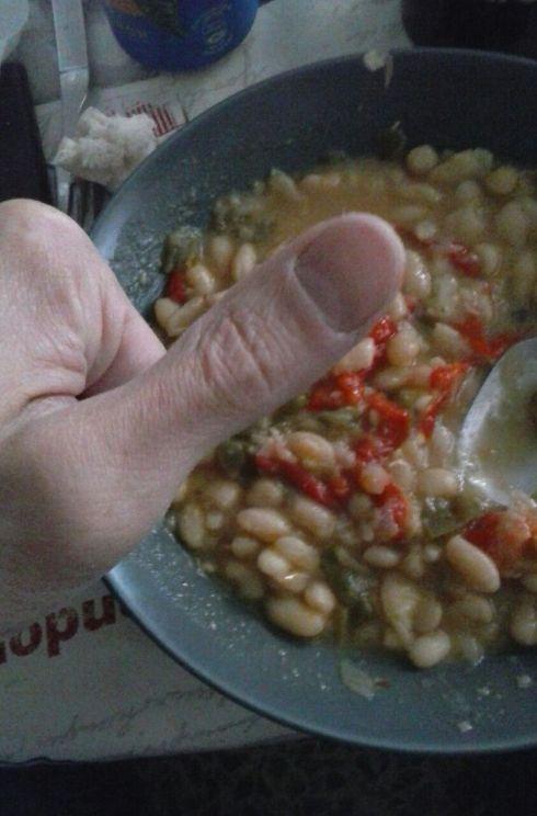 Si te gustan las pochas, di OK con el dedo :-)